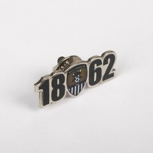 1862 CUT OUT PIN BADGE         WITH CLUB CREST